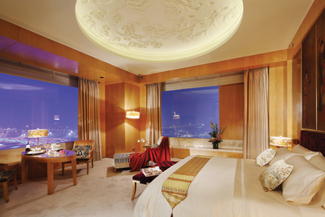 Pangu 7 star hotel beijing the epitome of cultured luxury for Hotel design orange