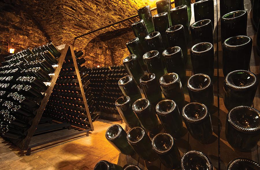 worlds-fine-wines-6