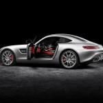 2016-Mercedes-AMG-GT-2