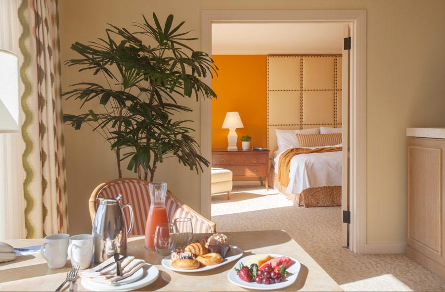 coastal-cachet-newport-beach-island-hotel-delivers-every-levelD