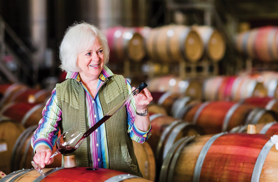 majesty-napa-valley-tireless-pursuit-winemanking-culinary-perfection-2015E