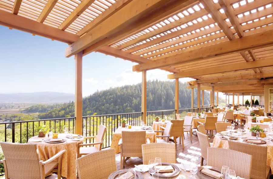 majesty-napa-valley-tireless-pursuit-winemanking-culinary-perfection-2015G