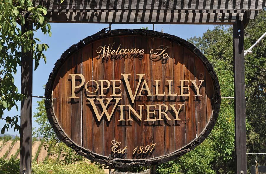 majesty-napa-valley-tireless-pursuit-winemanking-culinary-perfection-2015H