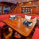 paragon-motor-yachts-reward-home-work-f
