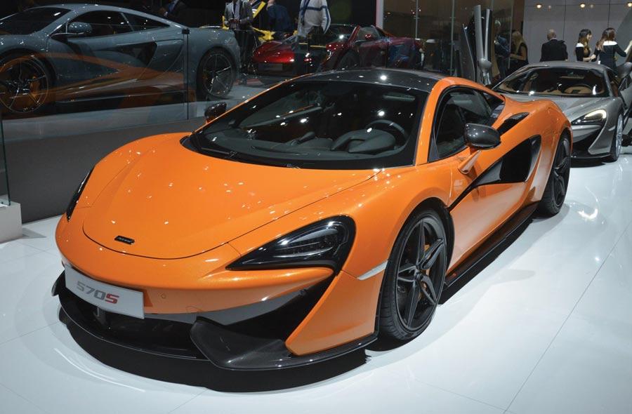 2016-jetset-magazine-auto-luxury-preview-mclaren-b