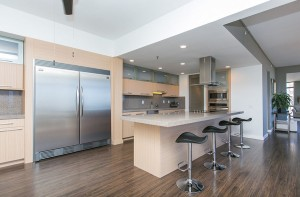 Supreme-Auctions-nuuanu-penthouse-honolulu-hi-kitchen
