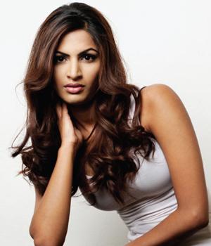 miss-jetset-2015-finalist-NM-Fatima-Ali-Tahir