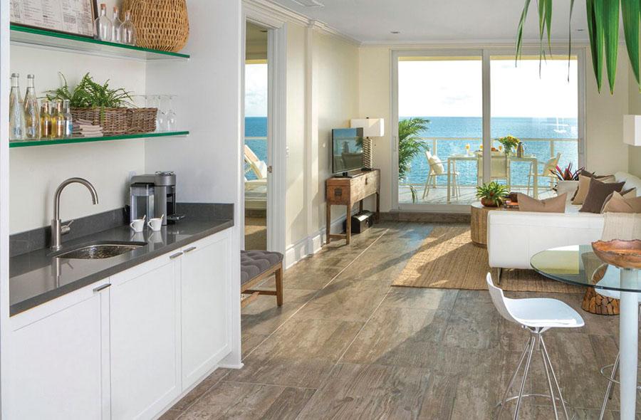 Pelican-Grand-Beach-Resort-Sky