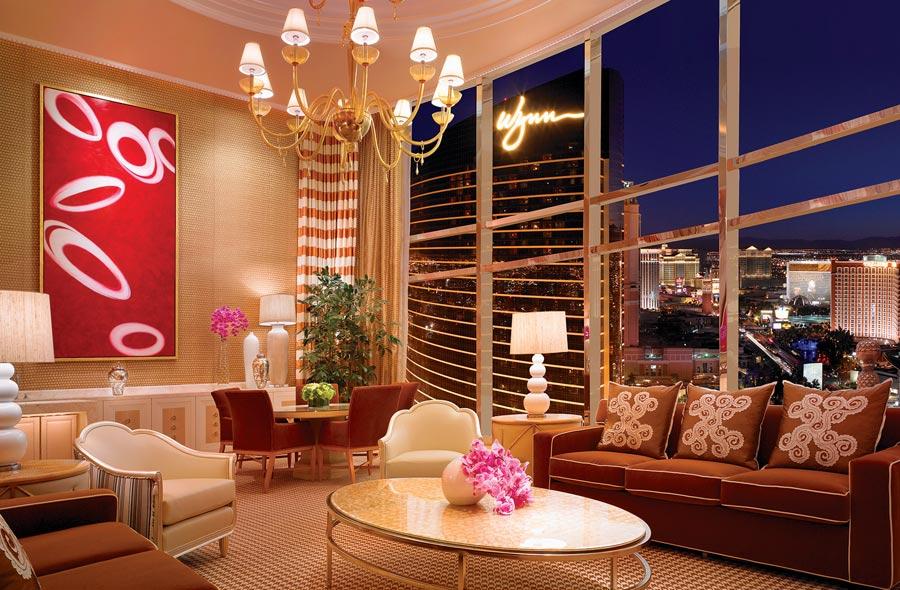 destination-luxury-best-suites-restaurants-nightlife-g