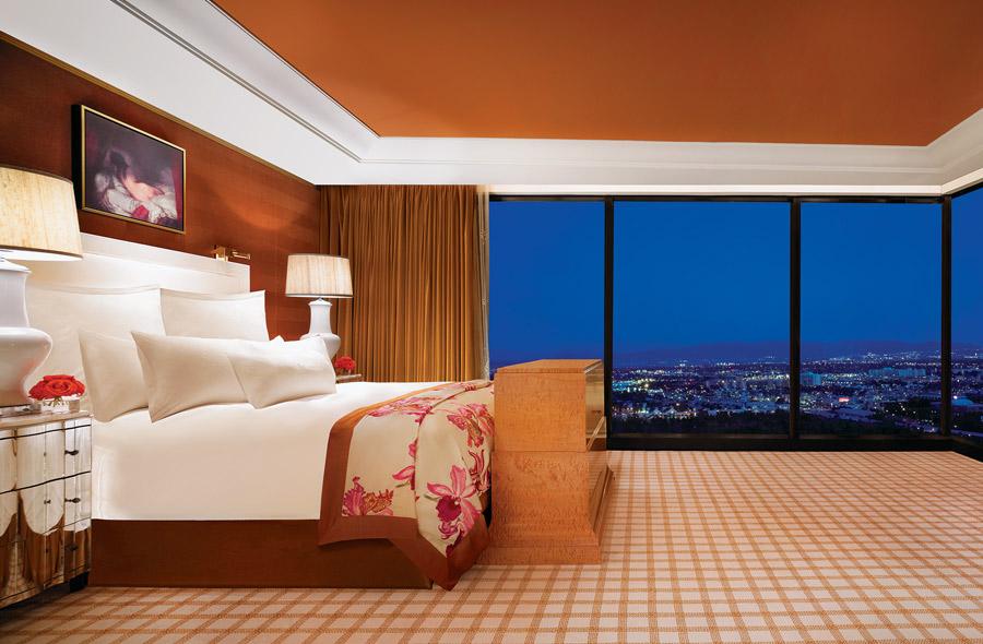 destination-luxury-best-suites-restaurants-nightlife-h