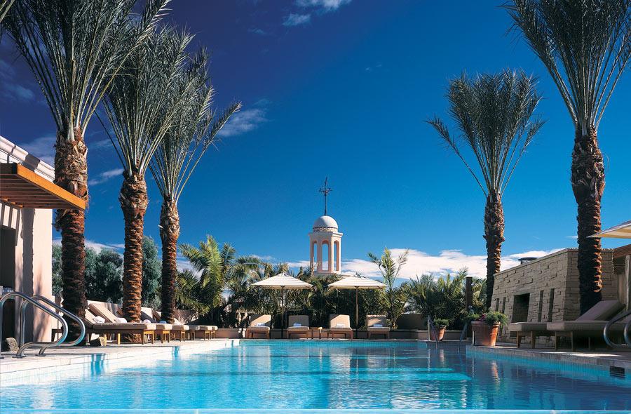 destination-luxury-best-suites-restaurants-nightlife-l