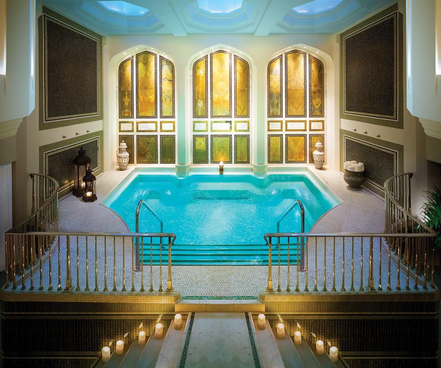 destination-luxury-best-suites-restaurants-nightlife-o