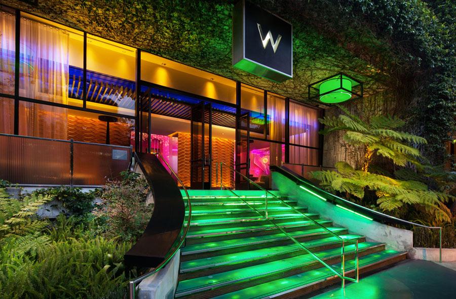 destination-luxury-best-suites-restaurants-nightlife-r