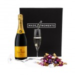 MadeMoments - Veuve Cliqout gift box