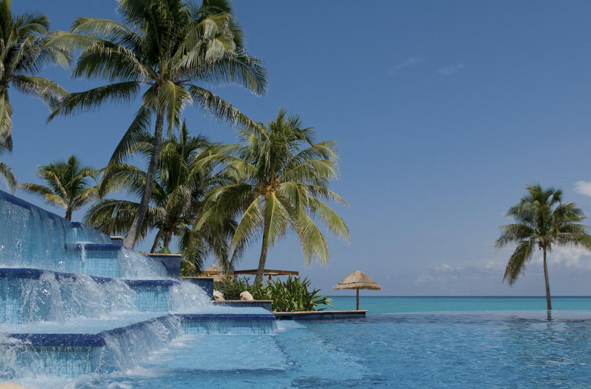 FA Grand Coral Beach Cancun Infiniti Pool View