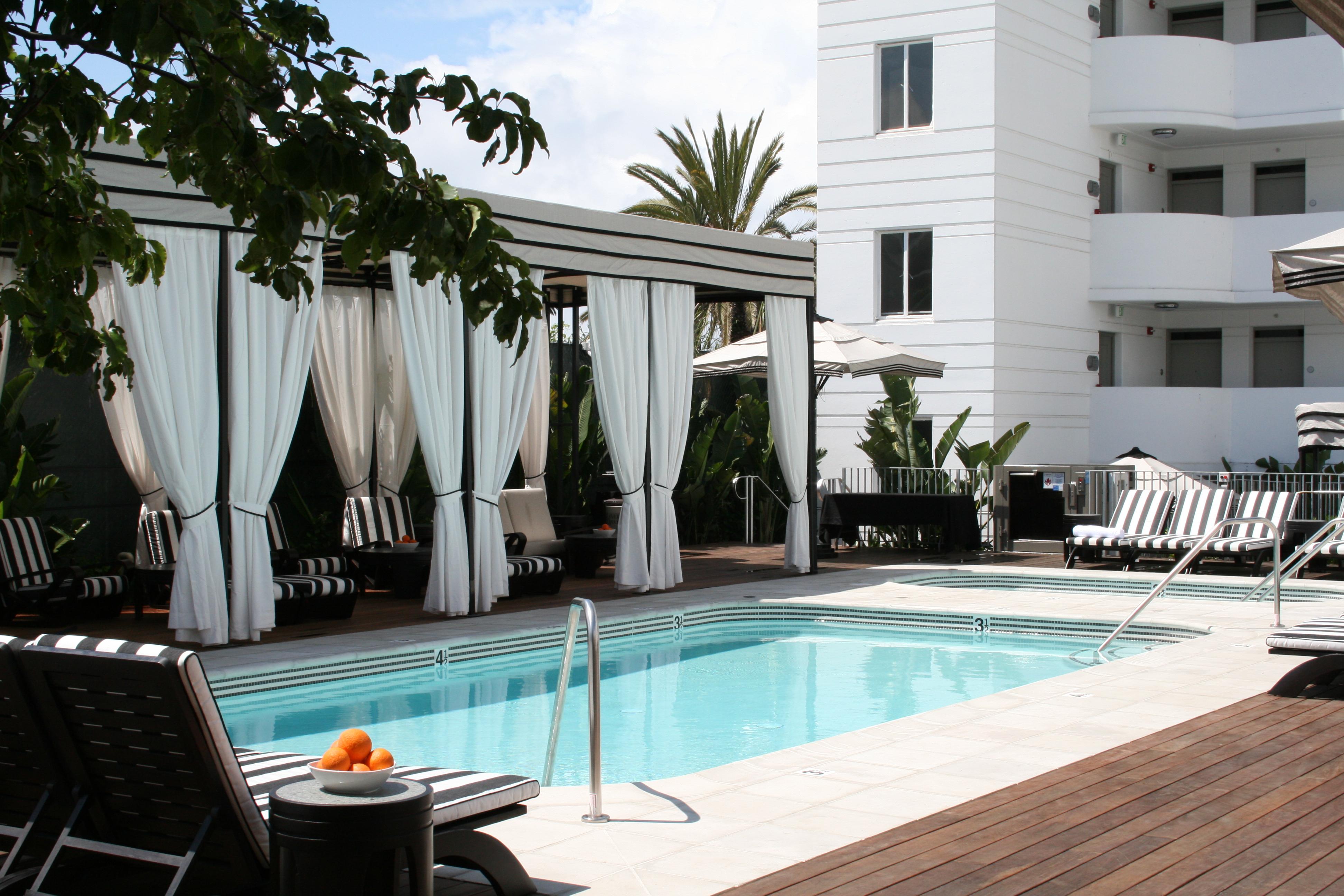 4 Cabanas and Pool