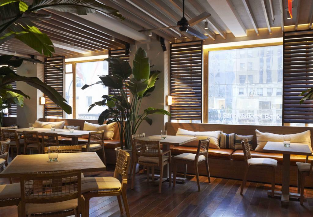 Tommy Bahama Bar Restaurant Heats Up Midtown Manhattan