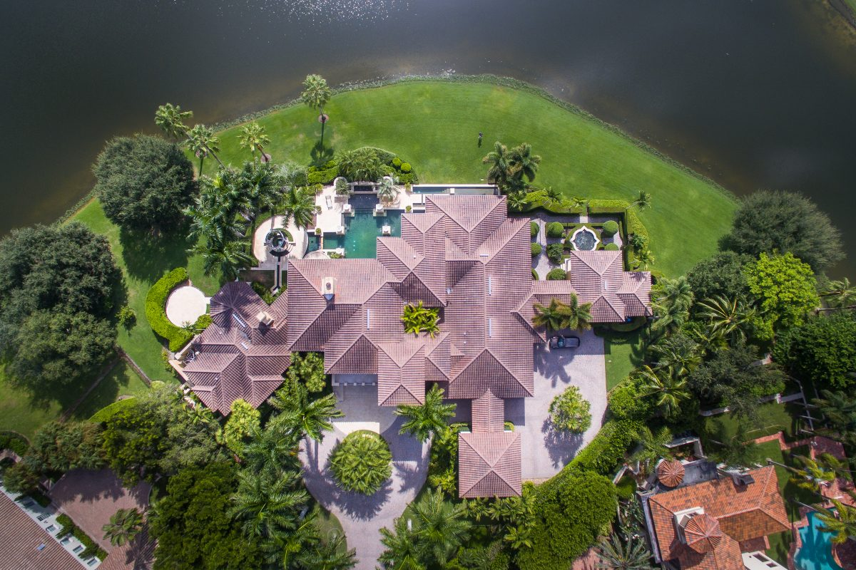 Valerie Bee For Luxury Real Estate In Naples Florida