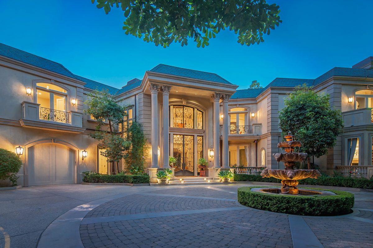 Myra Nourmand Luxury Estates
