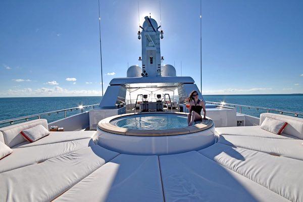Camper & Nicholsons - Superyacht Bella (Deck)