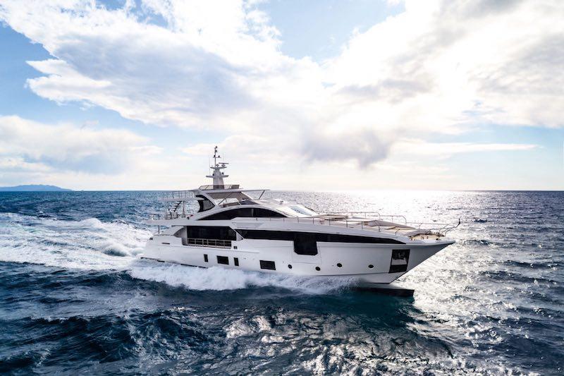 Camper & Nicholsons - Superyacht Sol