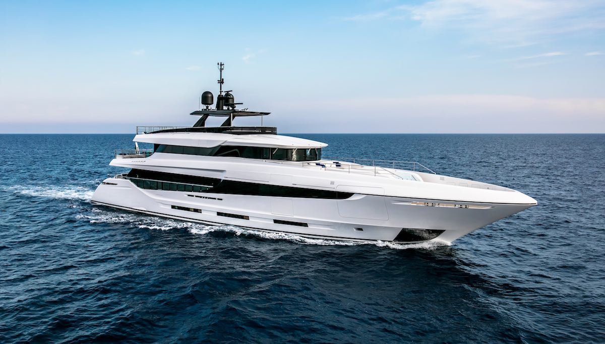 Live the Luxury Lifestyle with Florida Yachts International